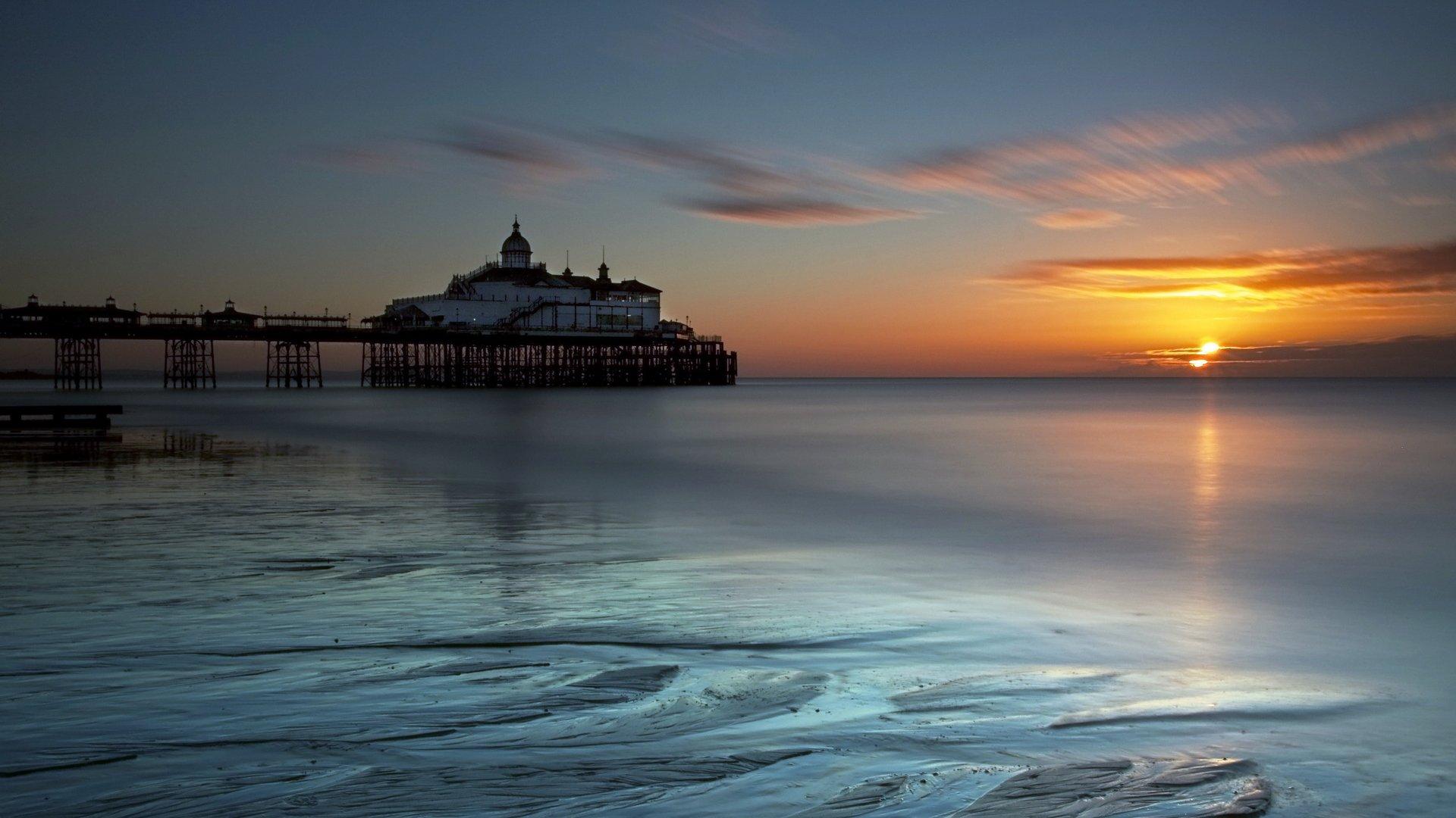 Klicke auf die Grafik für eine größere Ansicht  Name:England_Eastbourne_sea_sunset_landscape_beaches_ocean_1920x1080.jpg Hits:343 Größe:220,2 KB ID:78710