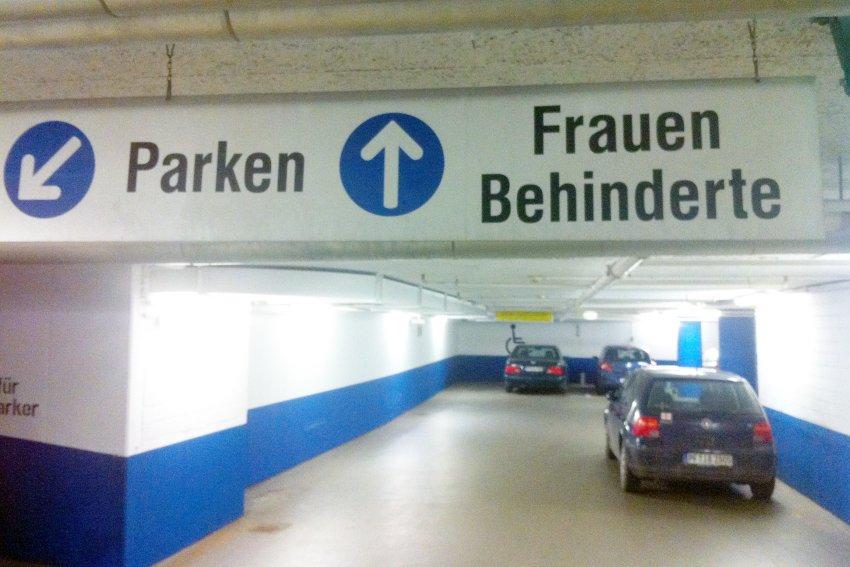 Frau & behindert ^^.jpg