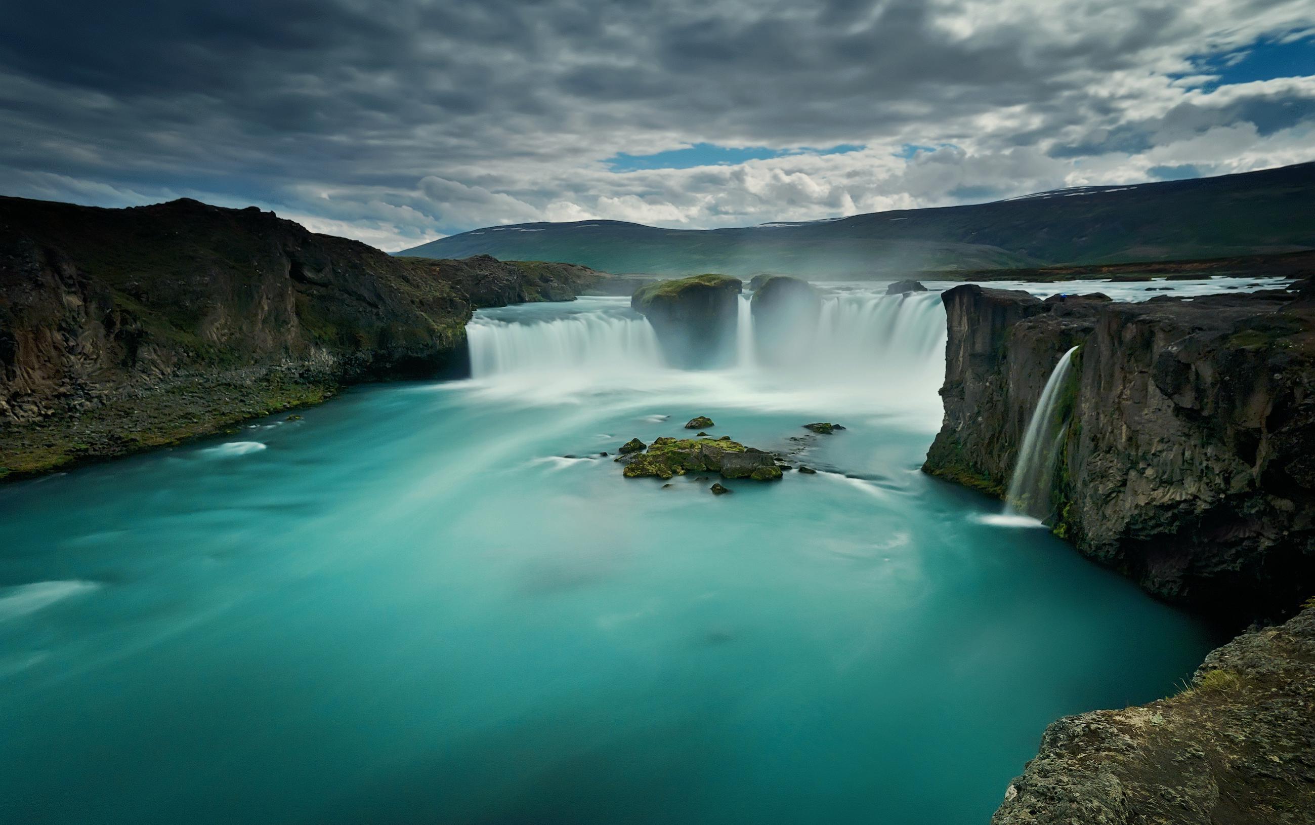 Klicke auf die Grafik für eine größere Ansicht  Name:Iceland.jpg Hits:75 Größe:382,9 KB ID:83667