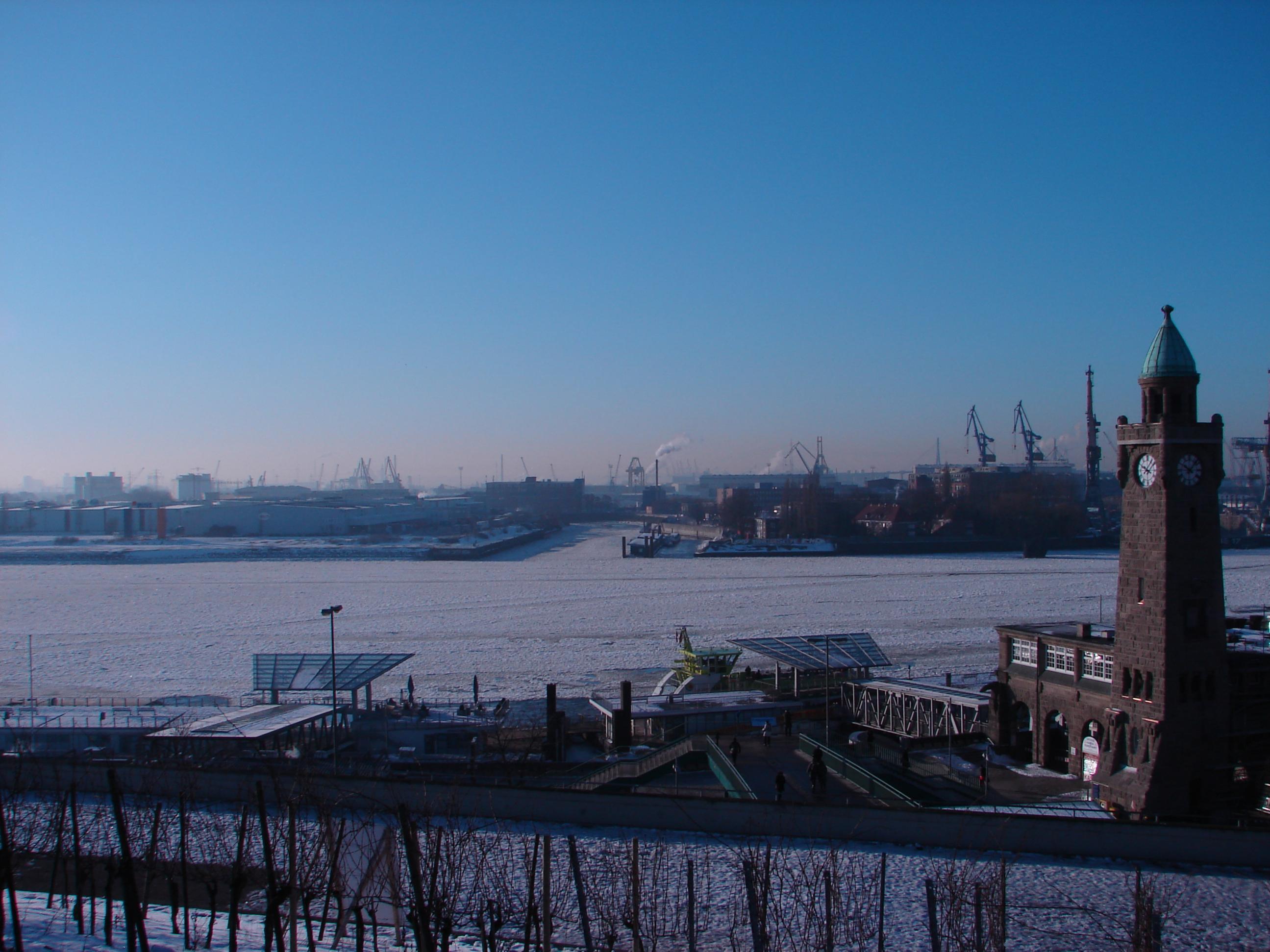 Klicke auf die Grafik für eine größere Ansicht  Name:Winter_1.jpg Hits:237 Größe:405,2 KB ID:50080