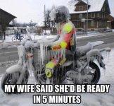 Meine Frau kommt gleich.jpg